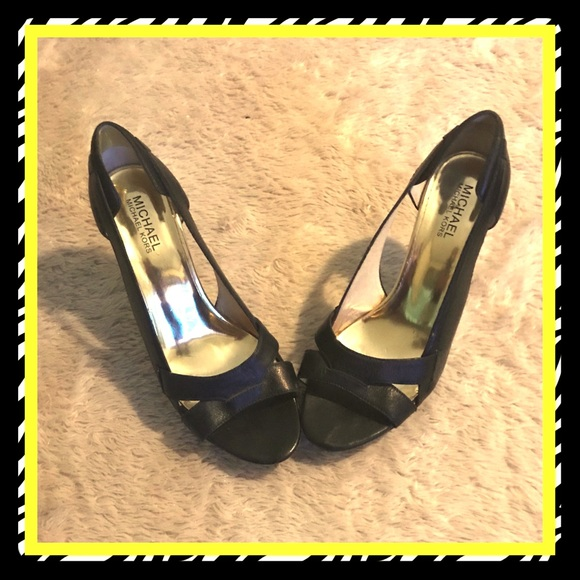 Michael Kors Shoes - Women's Michael Kors peep toe heels